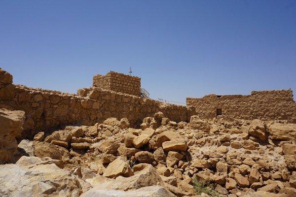 landscape-sea-sand-rock-desert-valley-1390360_re
